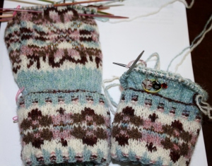 Donna softened the shades in her gloves.  The tones are the same but all scaled down.