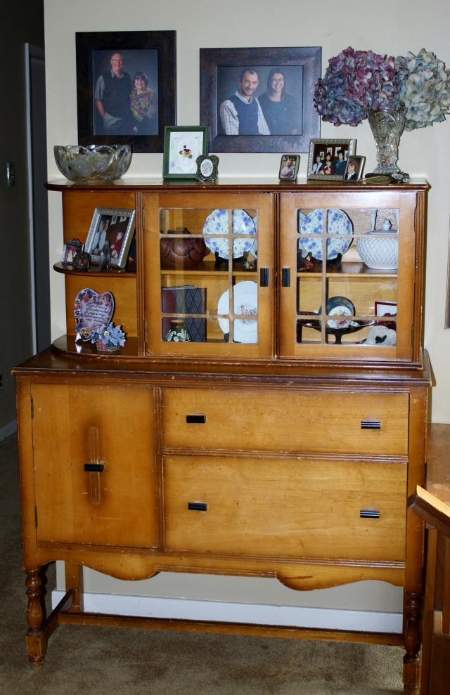 Beautiful little sideboard.  This was delivered yesterday.  It has been in a basement and needed a little cleaning, Murphy's oil soap, followed by an application of English Oil and it looks fabulous.  Holding the dings and scratches of a lilfe well lived.
