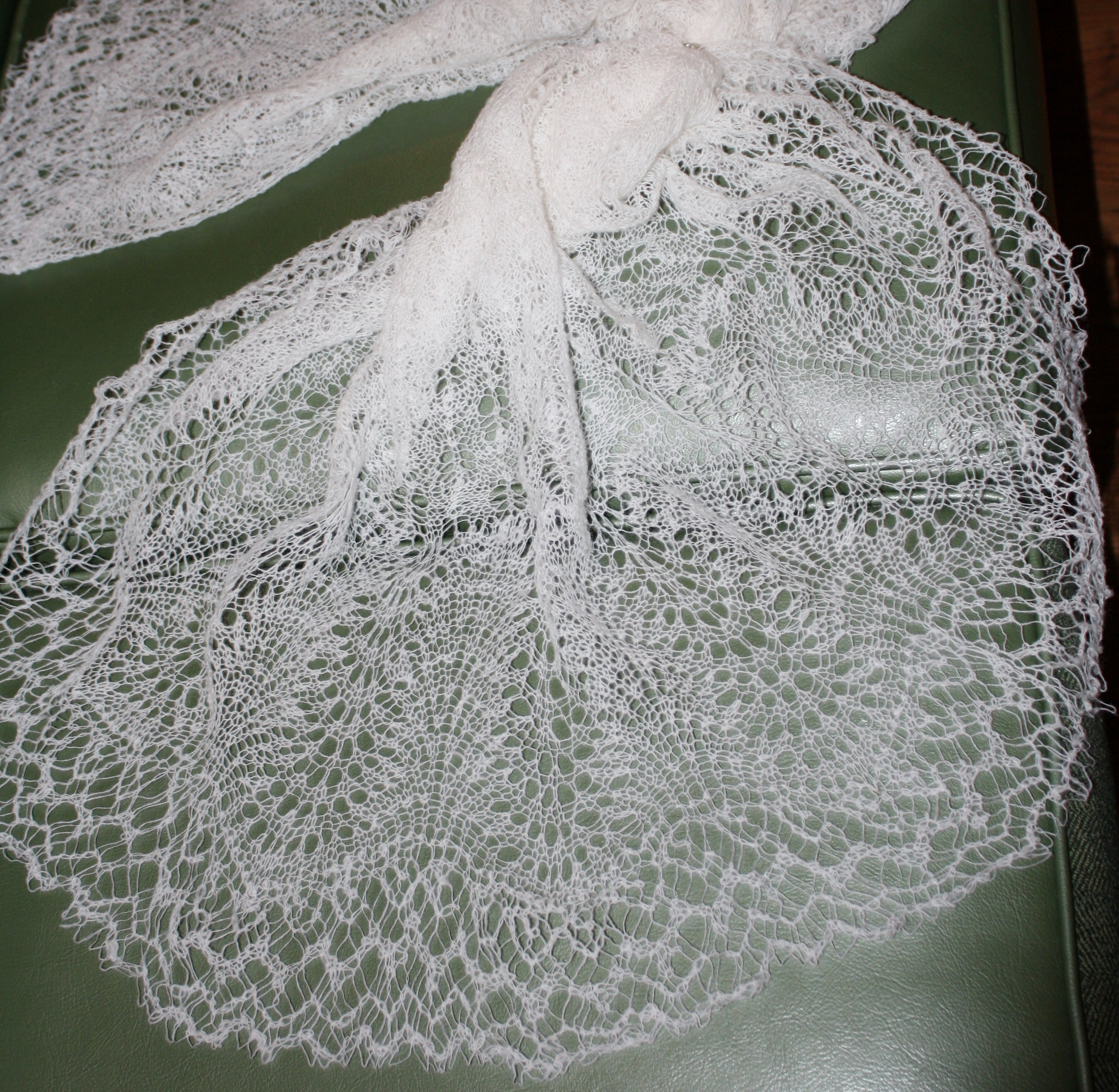 Knitted Flowers Free Patterns : Shetland Lace   Le Tissier Designs