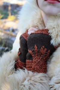 Knuckle Duster Mittens