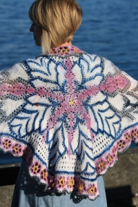 Crystalline Shawl - a single snowflake!